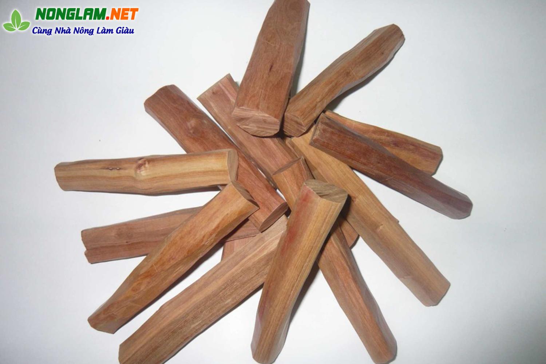 Lõi gỗ đàn hương